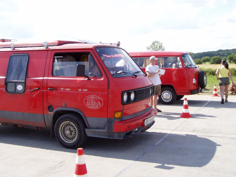VW Attack 2003